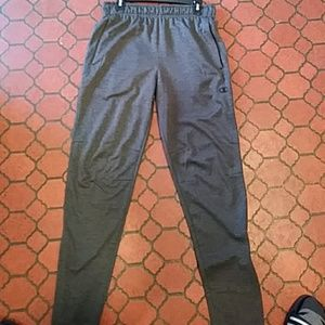Champion reular tapered with zips